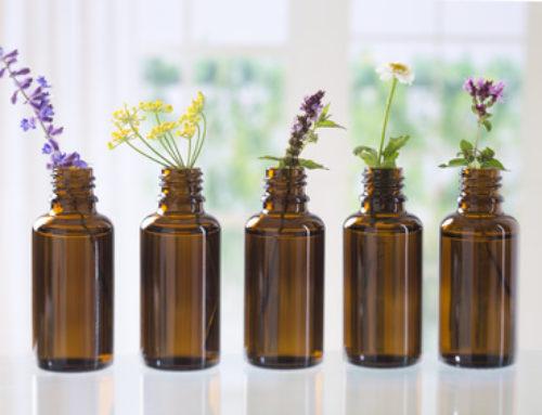 Mit Aromatherapie gegen Kopfschmerz, Nervosität und diverse Wehwehchen